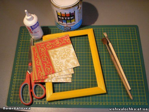 Декорируем рамку для вышивки.